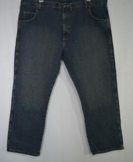 Pantalon jeans marime America 46x30 Wrangleer rugged wear